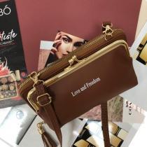 Театральная сумочка с кармашком на застёжке-поцелуйчике Mex_Roma кашта