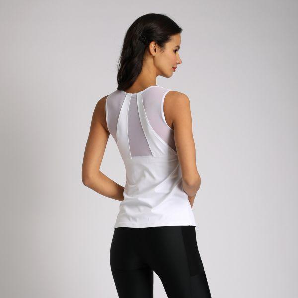 """Топ с чашками и вставками из сетки по спинке. Материал:  Meryl (ultra) - """"дышащая"""", легкая ткань, которая отличается повышенной прочностью и хорошими изоляционными качествами, позволяющими телу удерживать естественное тепло."""